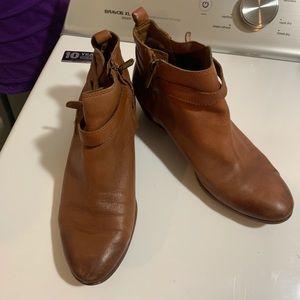 Sam Edelman size 9.5 brown booties super cute